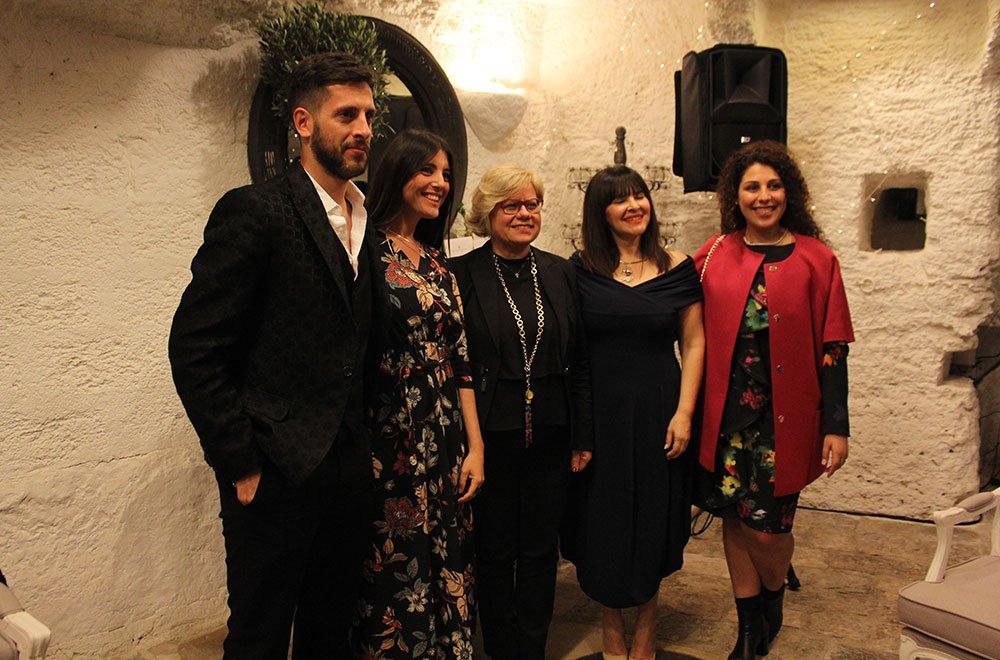 Gli organizzatori dell'evento insieme all'assessore Loredana Capone