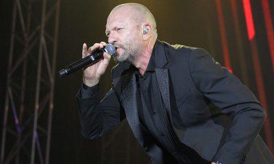 Biagio Antonacci: le foto del concerto di Bari - Dediche e Manie Tour 2018 56 Biagio Antonacci: le foto del concerto di Bari - Dediche e Manie Tour 2018