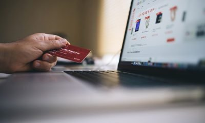 E-commerce: lo shopping del futuro è online 52 E-commerce: lo shopping del futuro è online