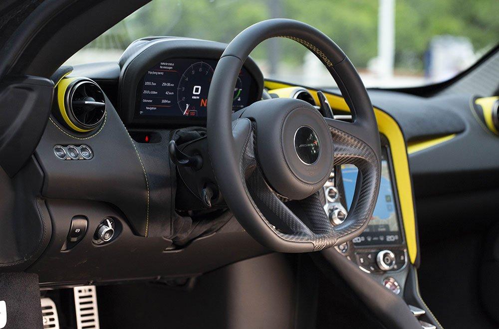 McLaren 720s, la prova su strada 38 McLaren 720s, la prova su strada