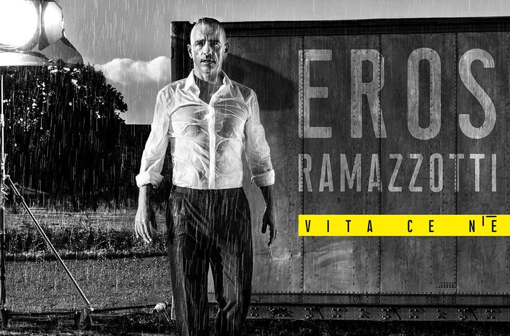 eros ramazzotti 2018 - Eros Ramazzotti: il nuovo album 2018 Vita ce n'è