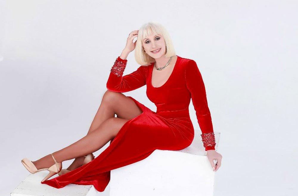 Ogni volta che è Natale: l'album 2018 di Raffaella Carrà 5 Ogni volta che è Natale: l'album 2018 di Raffaella Carrà