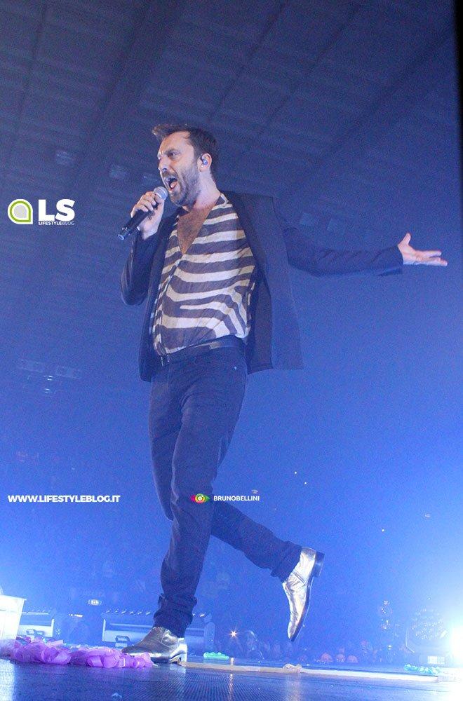 Cremonini Live 2018: le foto del concerto di Bari (3 dicembre 2018) 9 Cremonini Live 2018: le foto del concerto di Bari (3 dicembre 2018)