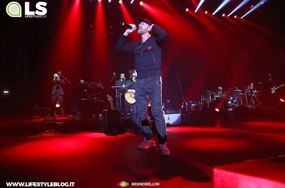 Raf e Tozzi tour: le foto del concerto di Bari 34 Raf e Tozzi tour: le foto del concerto di Bari