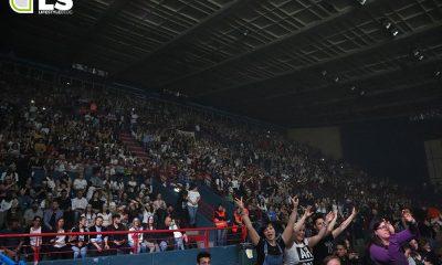 Alessandra Amoroso in concerto a Bari: le foto dei fans 12 Alessandra Amoroso in concerto a Bari: le foto dei fans