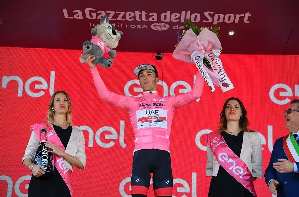 Doppietta italiana al Giro D'Italia: Masnada vince, Conti nuova Maglia Rosa 36 Doppietta italiana al Giro D'Italia: Masnada vince, Conti nuova Maglia Rosa