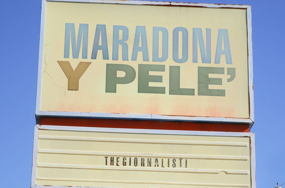 Maradona y Pelé: il nuovo brano dei Thegiornalisti 34 Maradona y Pelé: il nuovo brano dei Thegiornalisti