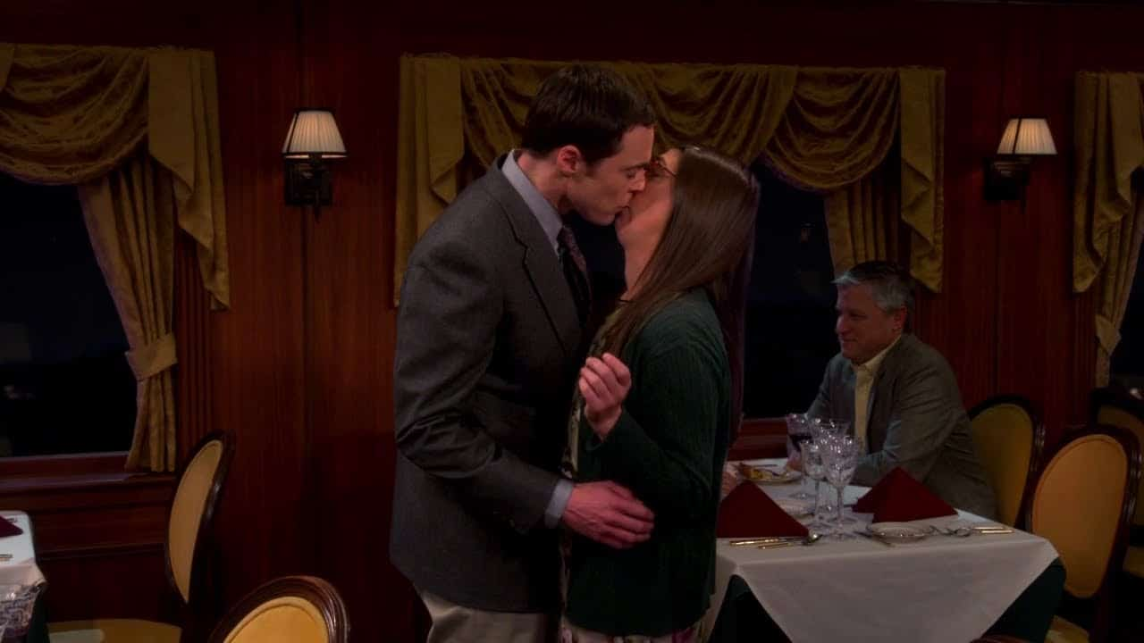 I baci più amati delle serie TV: Sheldon batte Jon Snow 14 I baci più amati delle serie TV: Sheldon batte Jon Snow