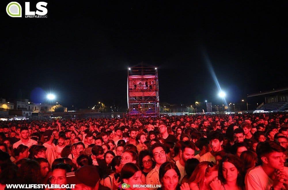 Bagno di folla per Calcutta al Locus Festival 34 Bagno di folla per Calcutta al Locus Festival