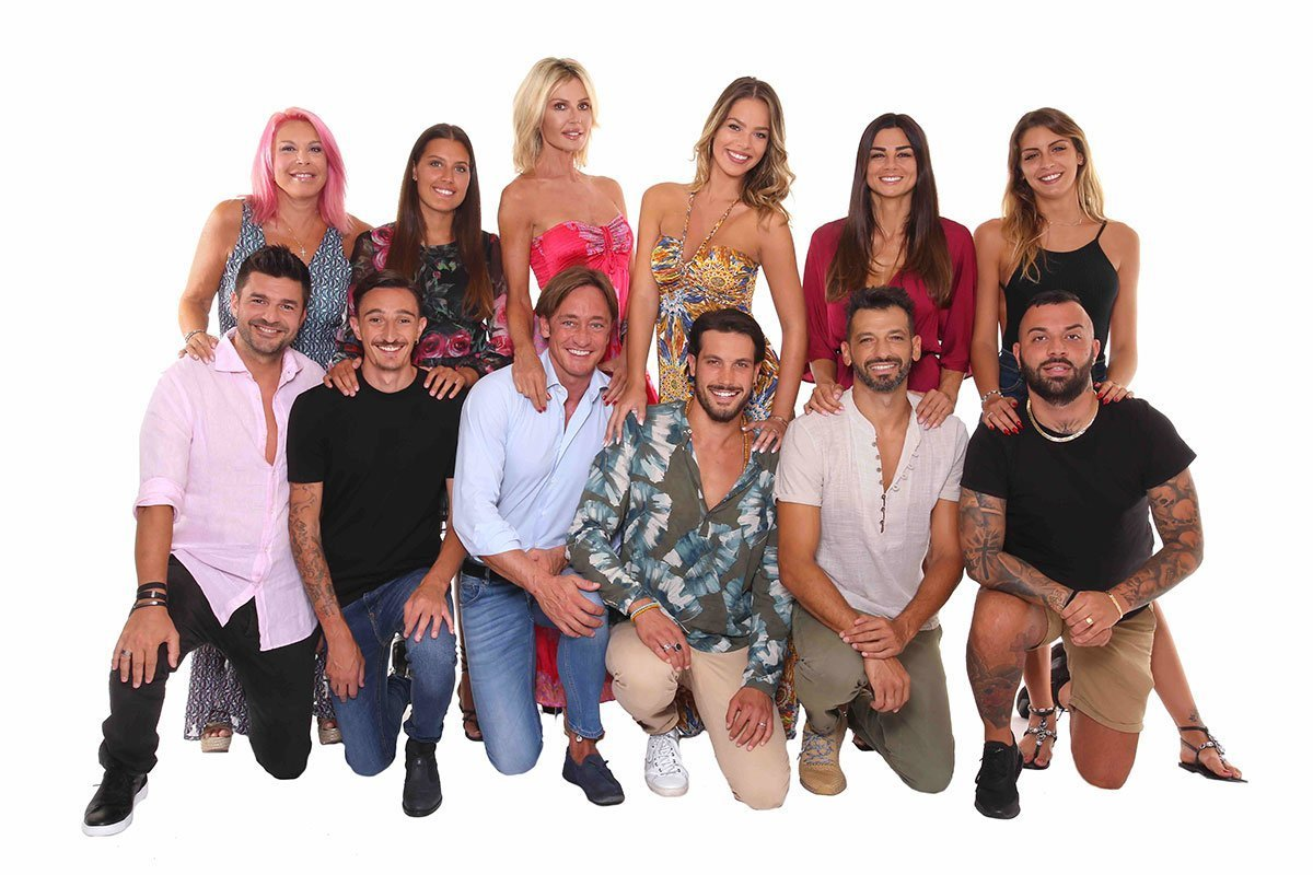 Temptation Island Vip 2019: le coppie in gara 18 Temptation Island Vip 2019: le coppie in gara