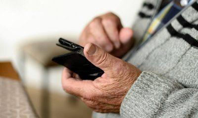Nonni e smartphone