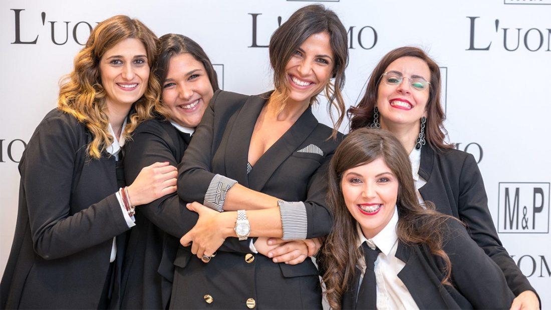 Roberta Morise con le collaboratrice di M&P di San Giovanni in fiore.