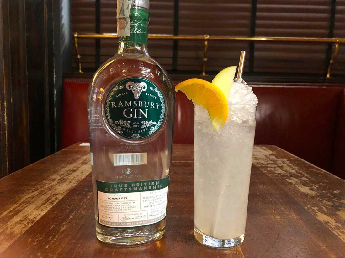drink DAISY GIN FACTORY di Alessio Giovannesi bar manager di Baccano a Roma 1100x825 - Il drink DAISY GIN FACTORY di Alessio Giovannesi