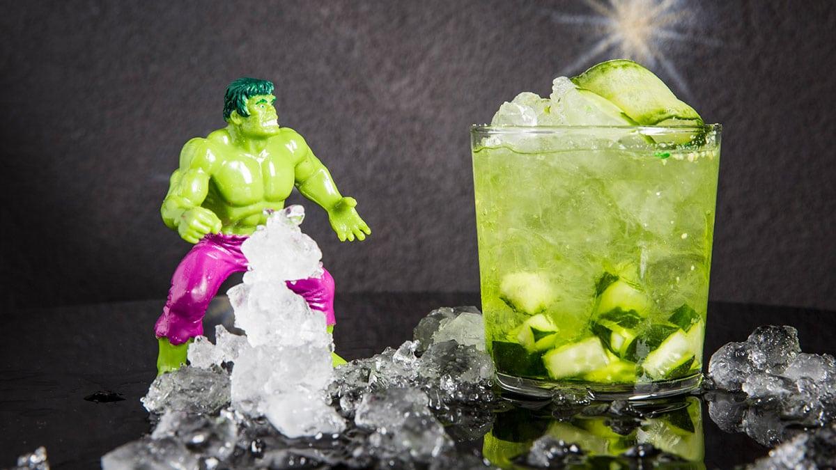 drink HULK SMASHES realizzato da I Maestri del Cocktail - Hulk Smashes, il drink de I Maestri del Cocktail