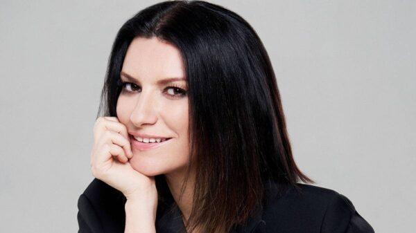 Laura Pausini ph Tara Moore 600x337 - IO SÌ (SEEN), il nuovo brano di Laura Pausini