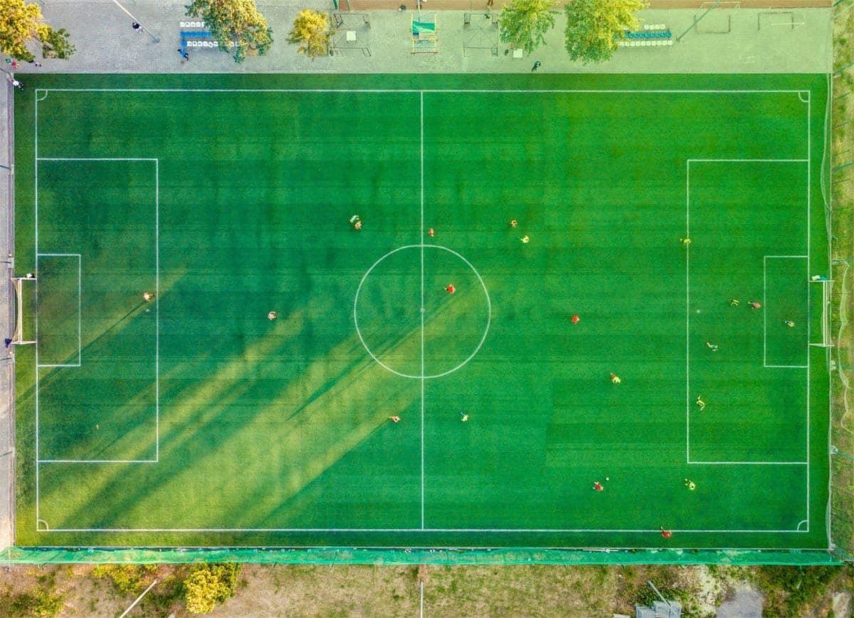 calcio - La cultura del calcio, dai nuovi libri su Milan e Juve alle figurine Panini, fino al web