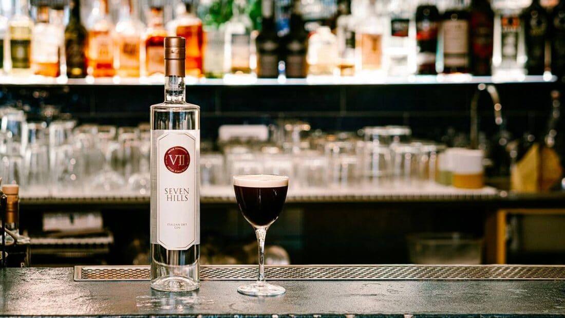 drink MR.WOLF TIME di Antonio Laselva bartender e titolare del Malidea a Polignano a Mare Bari 2 1100x619 - Il drink cinema MR. WOLF TIME ispirato a Pulp Fiction