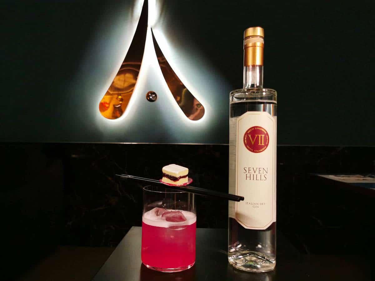 drink THE PINK HILL di Francesco De Nicola e Matteo Battistini di AMAMI di Roma - Il drink cinema THE PINK HILL ispirato a La Pantera Rosa